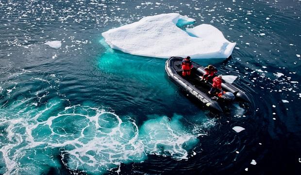 Prise du Ciel en antarctique - une excursion lors d'une croisière Ponant